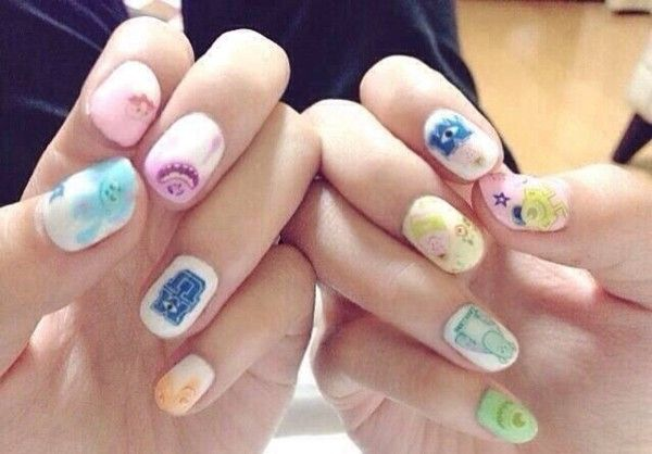 Pastelowe kolorki na paznokciach